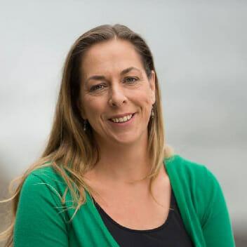 Dr. Gretta Pecl